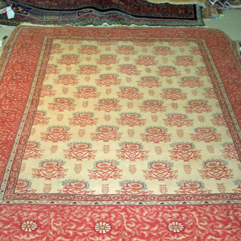 #6698 Made in Romania of hand spun wool/Swiss Chromium dyes. 6.6x8.1